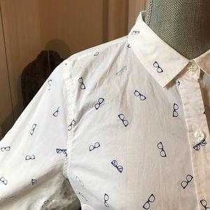 Old Navy Button Down Shirt in Eyeglass Print